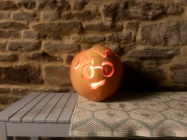 Pumpkin carved to look like Harry Potter